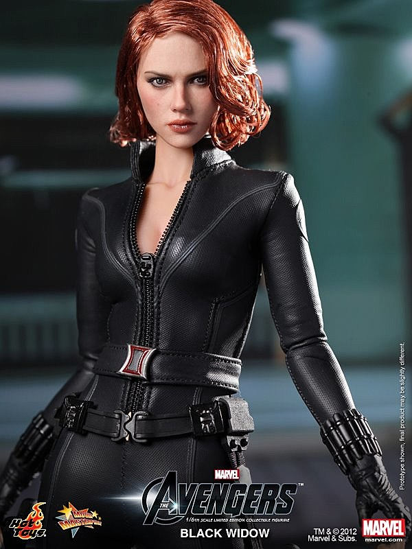 Hot Toys Debuts 'The...