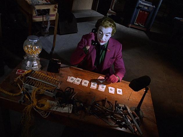 Batman 1x15: The Joker Goes To School