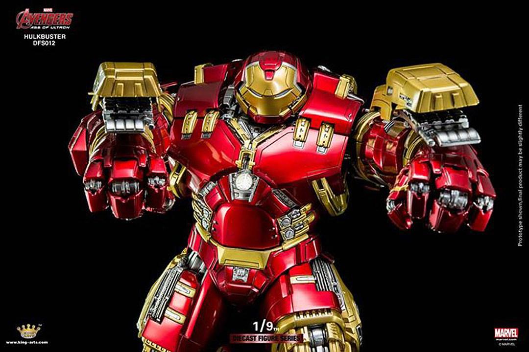king arts hulkbuster figure actually fits an iron man inside