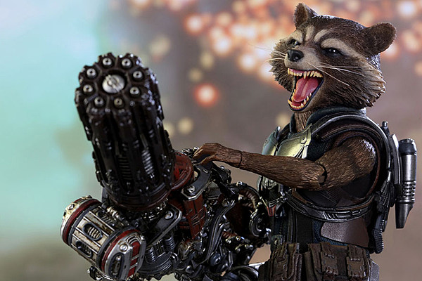 Hot Toys' Rocket Raccoon Brings a Big Smile and a Bigger ...